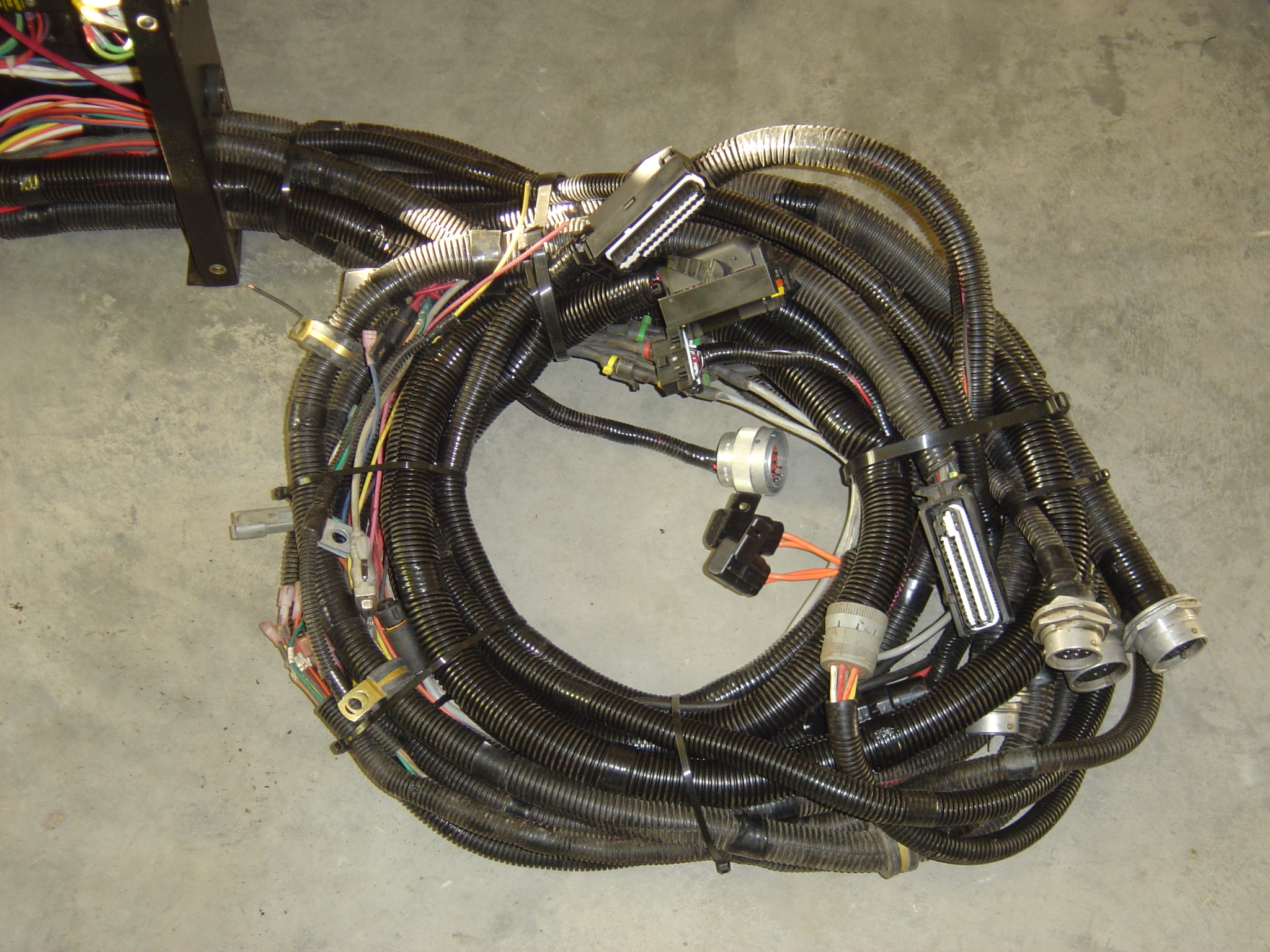 Wire Harnesses | Arteena OEM Assemblies